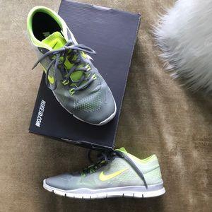 Nike ID Free Run Trainers